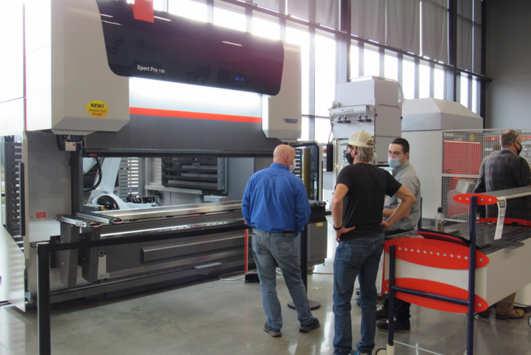Press Brake Product Manager, Marcel Fiedler, demonstrating the Xpert Pro Modular Tool Changer.
