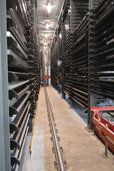 Antil customer STL s.r.l. maximizes storage density with two rows of eight towers.